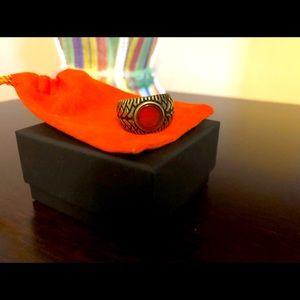 Brand New in-box stylish Sterling Sliver Ring